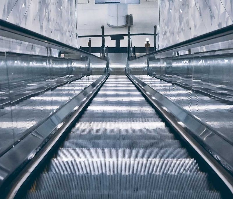 Escalator, Elevator & Automatic Door Accident Lawyer
